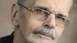 Gösta Ågren in glasses